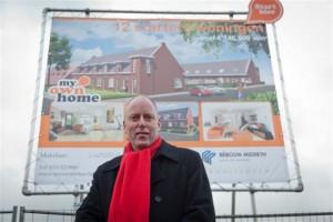 2. Ruud Braak Met mij als wethouder in het College is er veel gerealiseerd op het gebied van burgerparticipatie, welzijn, maatschappelijke ondersteuning, subsidieverstrekking, inkomensondersteuning en werkgelegenheidsbeleid. De PvdA heeft het ook mogelijk gemaakt dat er eindelijk woningen gebouwd worden van €140.000. Daar ben ik trots op. Zonder de PvdA waren die woningen er nooit gekomen!