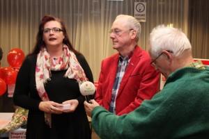 Astrid steekt het Ombudsteam een stevige en warme hart onder de riem