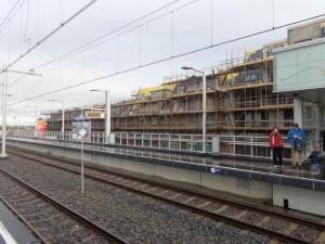 Nieuwbouw bij station Westpolder schiet al lekker op!