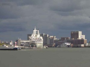 SS Rotterdam in volle glorie!