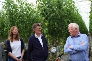 Anne Koning en Henk Leenders op bezoek bij Themato & Theo Ammerlaan.
